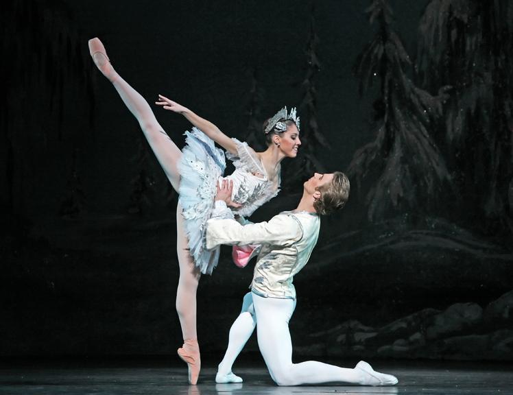 ballerinas dancing nutcracker - photo #7