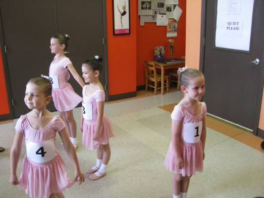 [Photo] Knoxville Ballet School Primary Level A candidates pose for pictures in the school lobby just before their ABT/NTC Affiliate examination class begins [Photo]