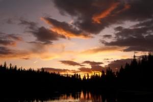 IMAGE Sunset at Eagle Lake in Colorado IMAGE