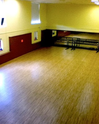 IMAGE An empty studio IMAGE