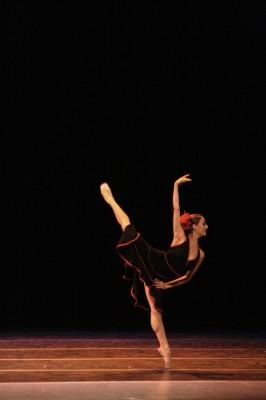 """IMAGE Tango For Us // Photo by Moncho Vallejos // dancer: Daynelis Muñoz, Ballet de Camaguey // choreography: Tania Vergara, """"Tango Para Nos"""" IMAGE"""